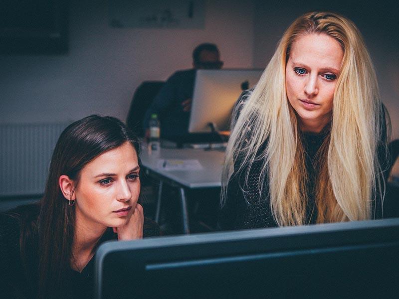 Qué factores influyen para vender cursos online